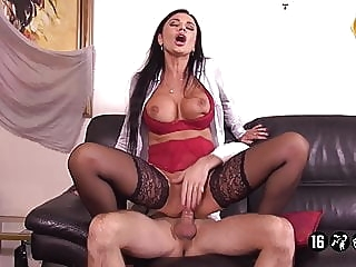 Ania Patrone De L'agence Immobiliere anal hardcore milf video