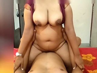 Indian Maroon Girl Riding on Me and Make Me Cum On Her Big Boobs amateur asian big ass video